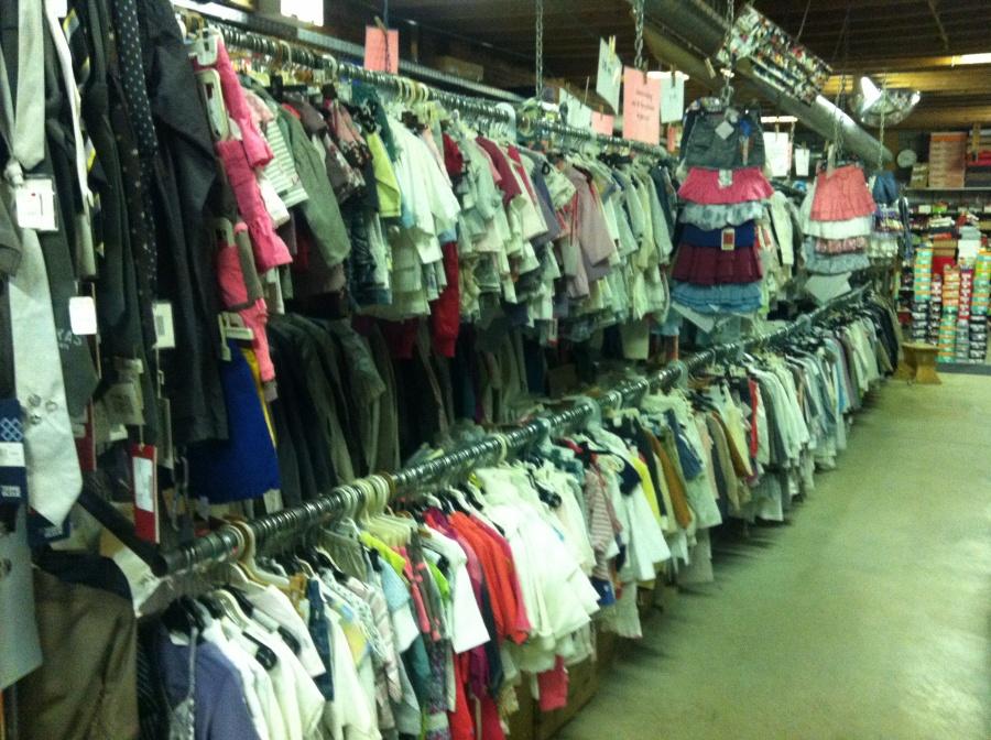 Groothandel Babykleding.Groothandel Kleding Heren Italy